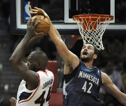 Hawks rally from 18 down, beat Timberwolves 93-91