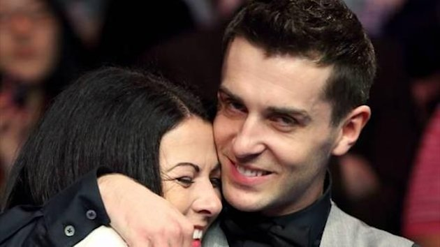 mark selby and his wife vicky at 2012 uk championship