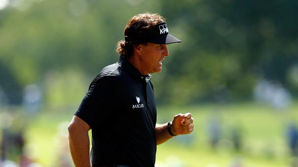 Mickelson among early leaders on Day 1