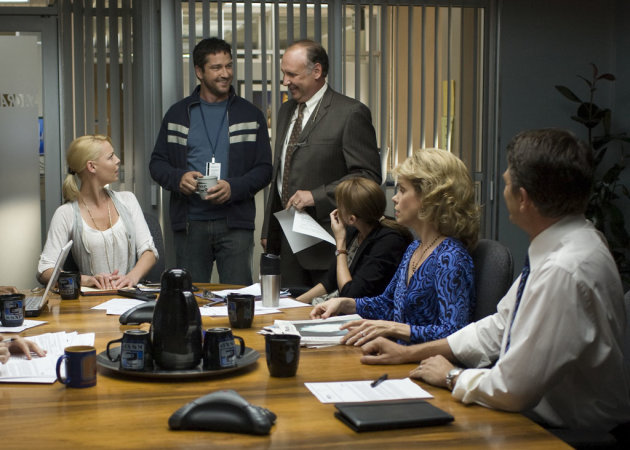 Katherine Heigl Gerard Butler Nick Searcy Bree Turner Cheryl Hines John Michael Higgins The Ugly Truth Production Stills Columbia Pictures 2009
