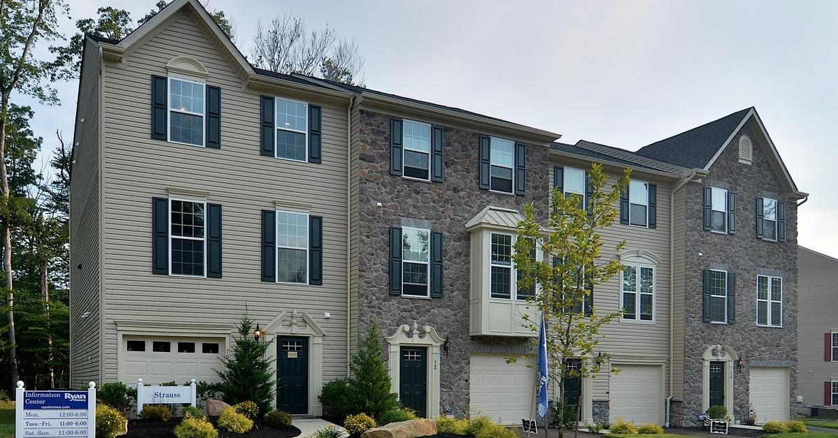 New Garage Townhomes Near SEPTA Train and Lansdale