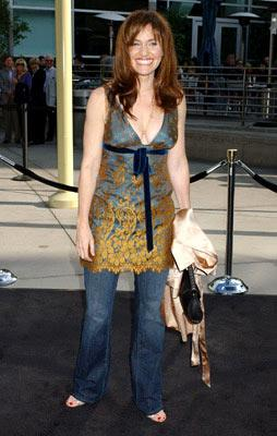 Premiere: Amy Brenneman at the Hollywood premiere of Paramount Pictures' Lemony Snicket's A Series of Unfortunate Events - 12/12/2004