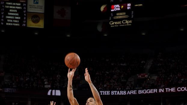 Suns' rally denies Trail Blazers a playoff spot
