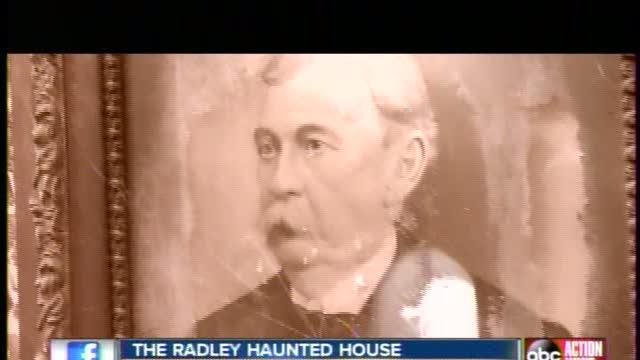 Sean Daly tours Radley Haunted House