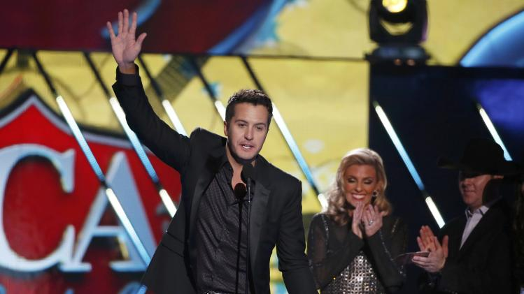 Luke Bryan accepts the award for male artist of the year during the 4th annual American Country Awards in Las Vegas