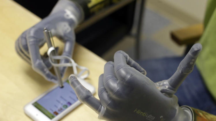 App lets amputees program their own bionic hands