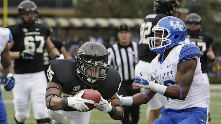 Bowl eligible again: Vandy beats Kentucky 22-6
