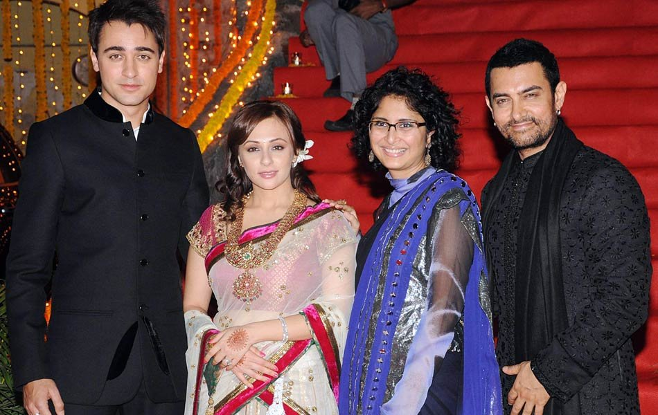 Meet Aamir's family and friends
