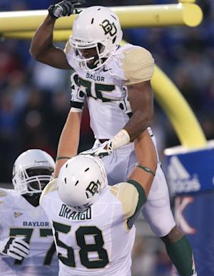 Baylor climbs to No. 5 in AP college football poll