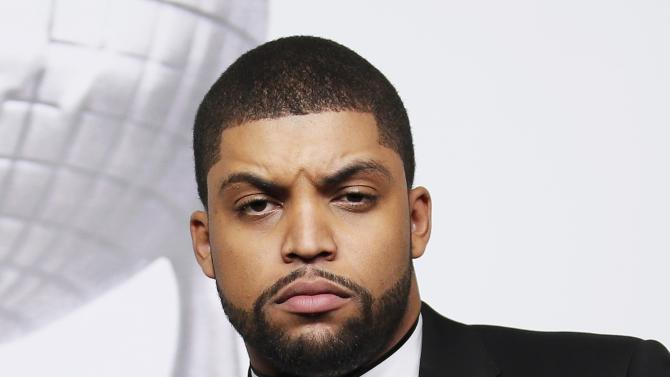 O'Shea Jackson Jr. poses with his award during the 47th NAACP Image Awards in Pasadena