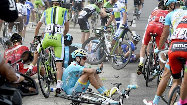 2013 tour de france crash