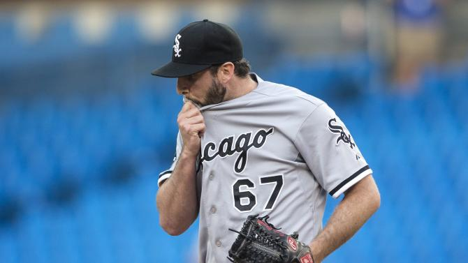 Lind leads way as Blue Jays beat White Sox 7-0