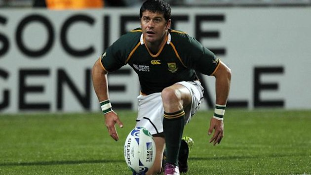 South Africa Springboks' Morne Steyn prepares to kick a penalty during their Rugby World Cup Pool D match against Namibia at North Harbour Stadium in Auckland September 22, 2011 (Reuters)