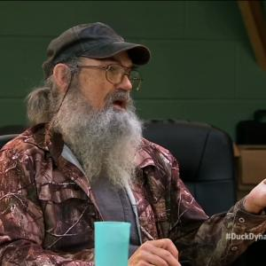 'Duck Dynasty' Clan Debate If Tomato is a Fruit or Vegetable