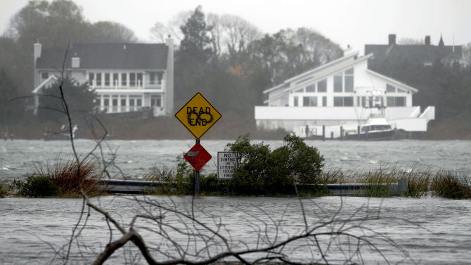 Superstorm Sandy slams into New Jersey coast