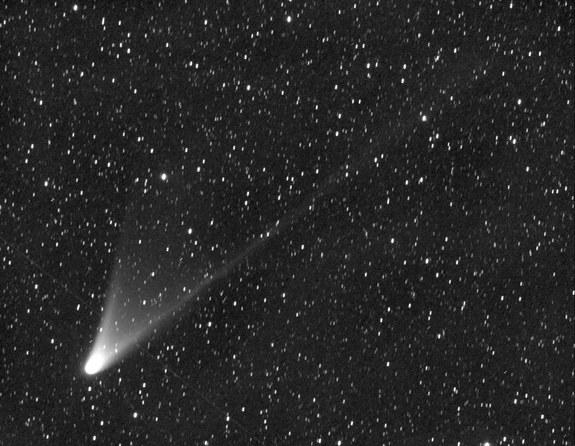 6 Surprising Facts About Comet Pan-STARRS in Night Sky