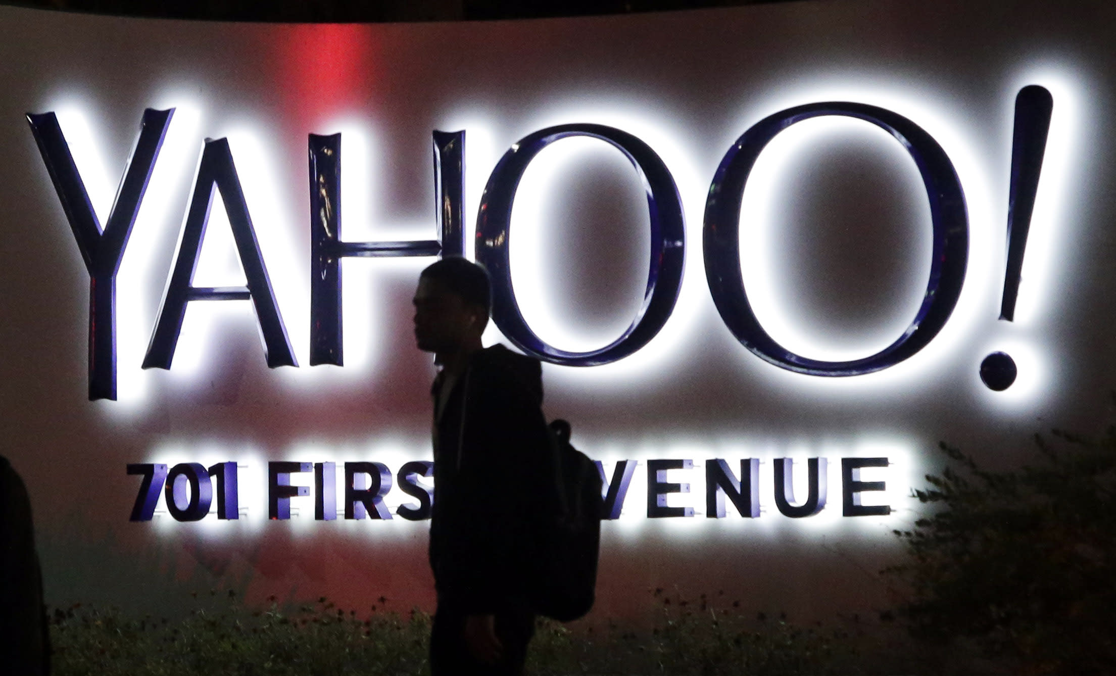 Alibaba spinoff likely to increase scrutiny on Yahoo CEO