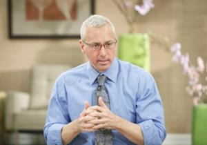 """Dr. Drew Pinsky talks to his patients battling addiction on """"Celebrity Rehab"""" -- VH1"""