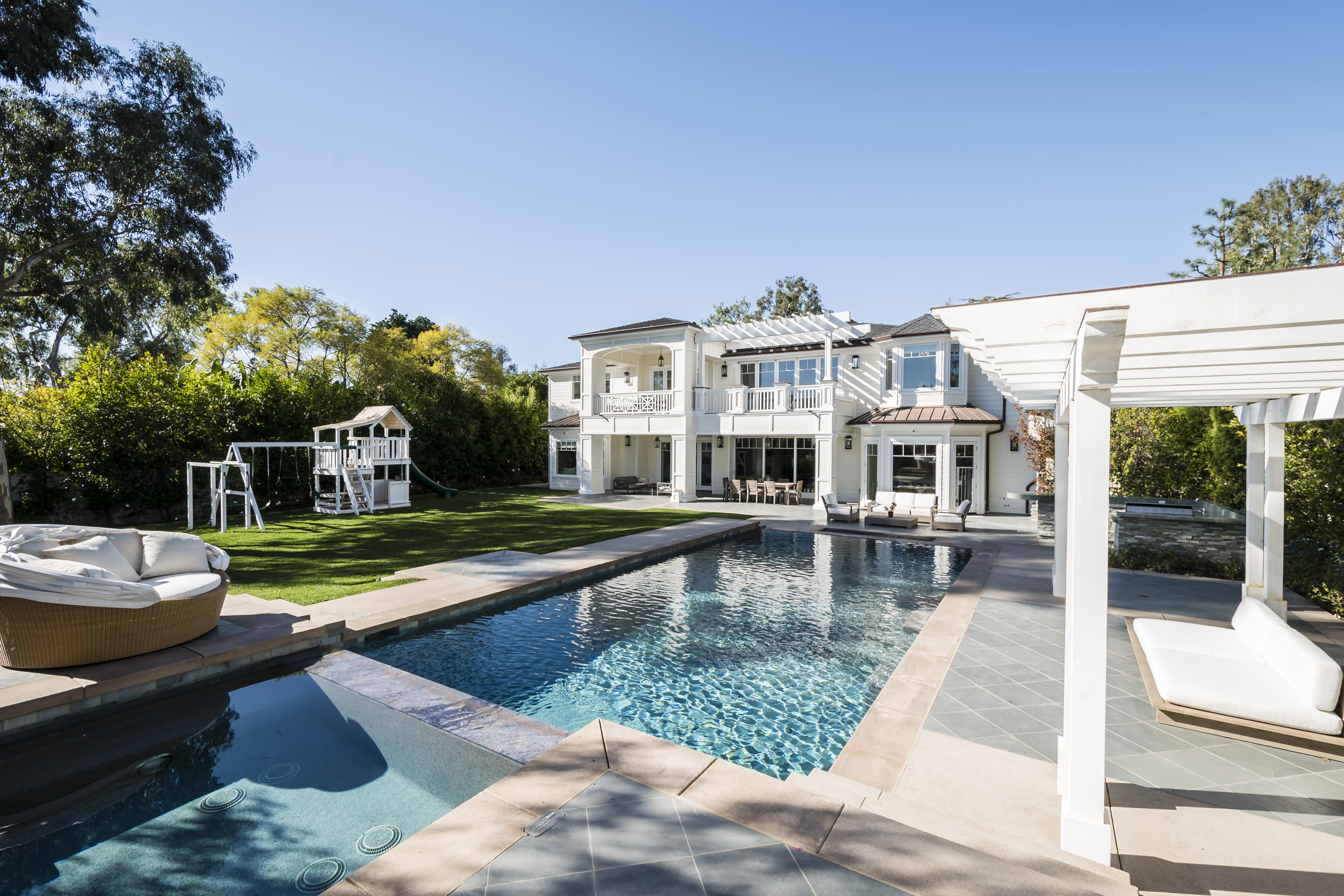 Inside Ladies of London Star Marissa Hermer's New L.A. Mansion and Why She's 'Obsessed' with Her Master Bathroom