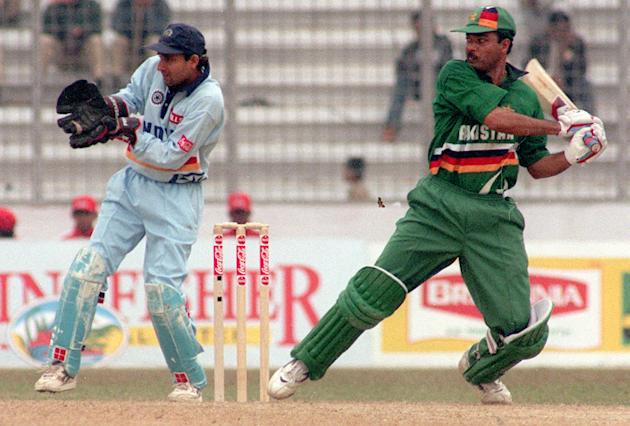 Pakistani batsman Ijaz Ahmed cuts on his way to  117 in the third and final match of Independence Cup finals against India at Dhaka 18 January. Ijaz and Saeed Anwar (140)  lifted Pakistan to 314-5 fro