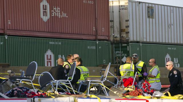 4 Dead as Train Hits Truck Carrying Veterans at Parade