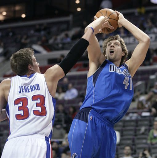 Mavs at .500 after 100-86 rout of Pistons