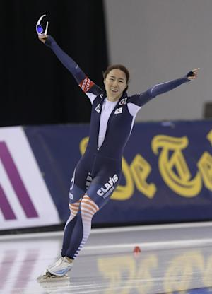Lee breaks world record again in women's 500