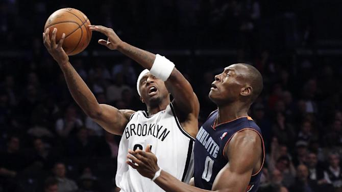 Nets beat Bobcats 105-89 behind 25 from Pierce