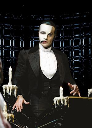 """In this image released by Rubinstein Public Relations, Ramin Karimloo portrays the Phantom in a scene from the """"The Phantom of the Opera"""" sequel """"Love Never Dies.""""  A broadcast of """"Phantom of the Opera"""" starring Karimloo is planned on Oct. 2, 2011 from London's Royal Albert Hall. (AP Photo/Rubinstein Public Relations, Catherine Ashmore)"""