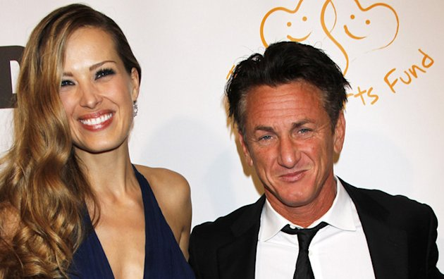 Sean Penn flirte encore avec le top model Petra Nemcova