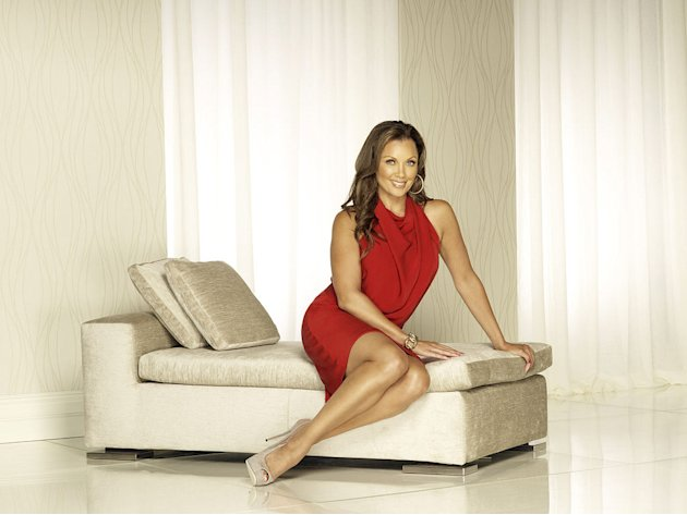 "Vanessa Williams stars as Renee Perry ""Desperate Housewives."""
