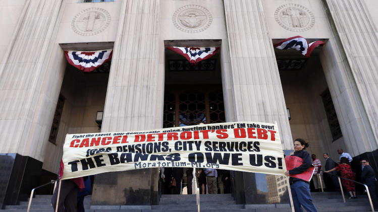 Judge begins 1st hearing on Detroit's bankruptcy