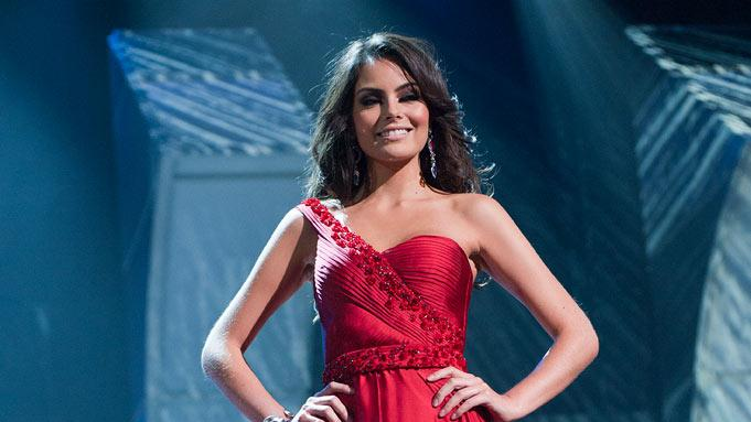 Jimena Navarrete, Miss Mexico 2010, poses for the judges during final voting at the live telecast of the 2010 Miss Universe Pageant.