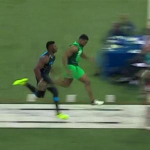 Florida State defensive lineman Dante Fowler runs simulcam 40 against Oakland Raiders linebacker Khalil Mack