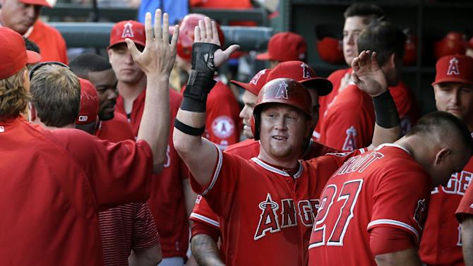 Trout and Angels start fast in 15-6 romp at Texas