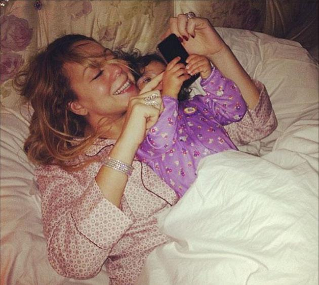 Celebrity Twitpics: Mariah Carey shared this gorgeous photo of her and her daughter, Monroe, this week. The picture shows the pair in bed ready to watch the premiere of American Idol which features Ma