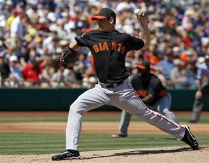 Surkamp goes 4 innings for Giants in win over Cubs