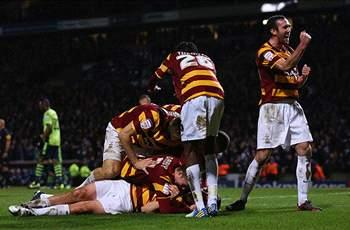 Aston Villa 2-1 Bradford (Agg 3-4): Brilliant Bantams hold on to reach Wembley
