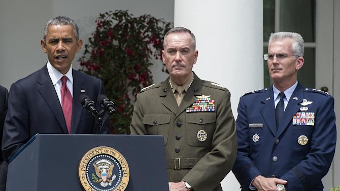 US President Barack Obama (L) announces Marine Gen. Joseph Dunford as his pick to be the next chairman of the Joint Chiefs of Staff, in the Rose Garden of the White House in Washington on May 5, 2015