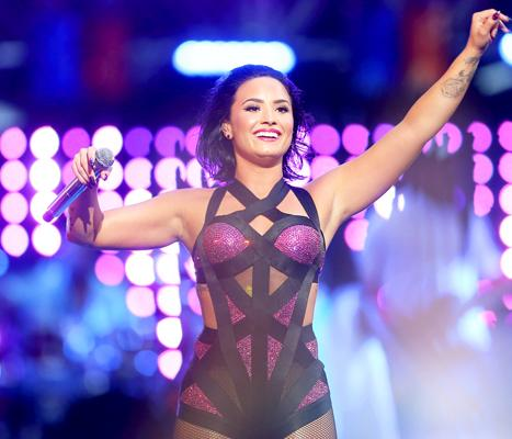 """Demi Lovato Inspiring Words to Herself Pre-VMAs Set Caught on Audio: """"I Am Enough"""""""