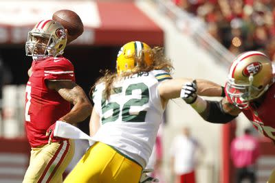 Packers player yells 'YOU AIN'T RUSSELL WILSON' at Colin Kaepernick