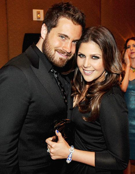 Hillary Scott Shares Adorable Photo of Baby Daughter Eisele Kaye: Picture