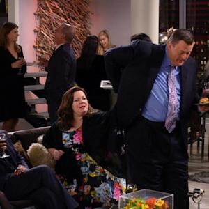 Mike & Molly - Stop Being Stupid