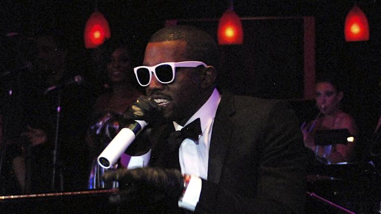 Kanye West performs at the 2007 Video Music Awards at The Pearl Concert Theater.