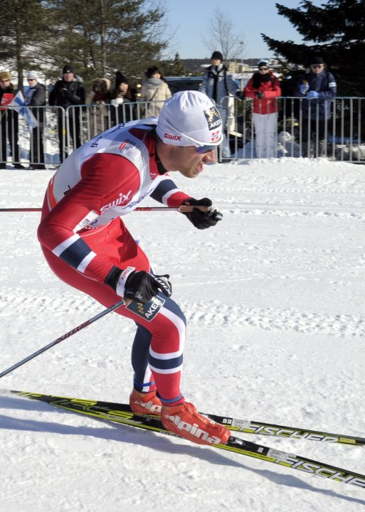 Norway's Northug skis to win the men's 15 km cross-country skiing World Cup event at the Lahti Ski Games in Lahti
