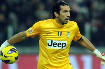 Buffon signs new Juventus deal