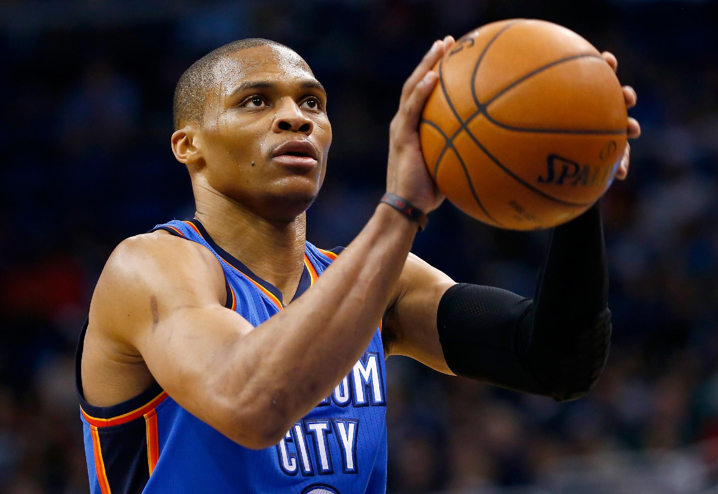 Westbrook leads Thunder over Pacers