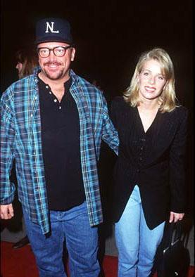 Premiere: Tom Arnold and gal at the Hollywood premiere of Dimension's From Dusk Till Dawn - 10/17/1996