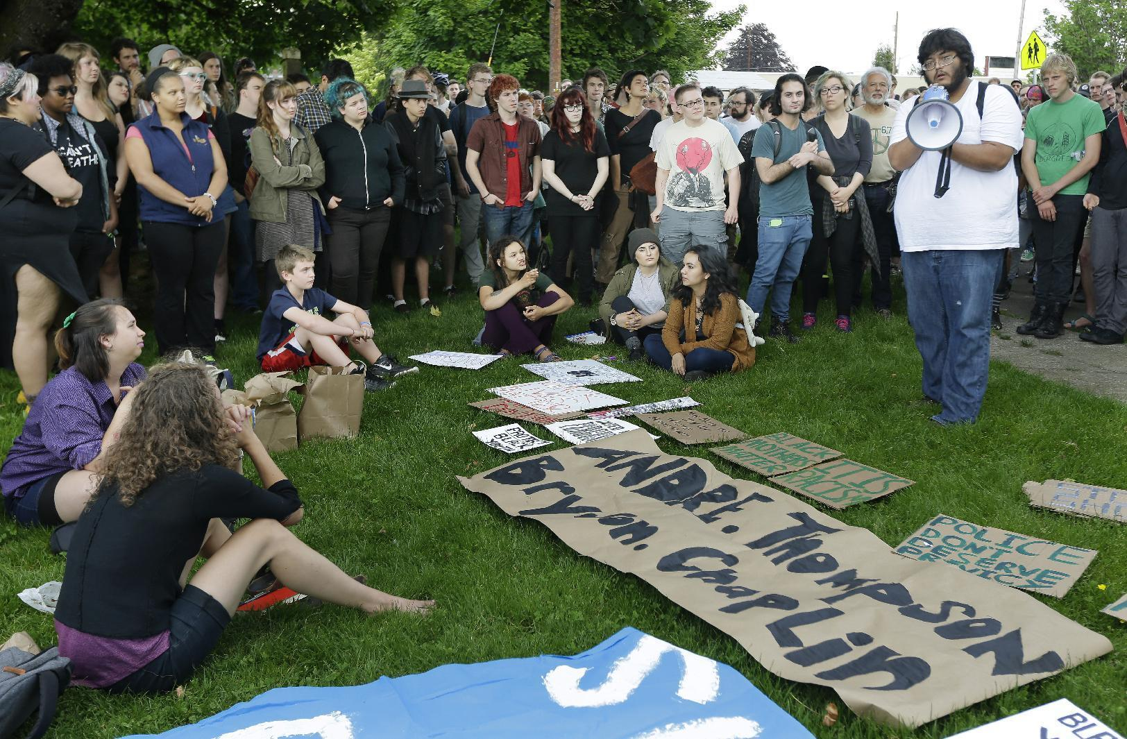 Protests over police shooting of 2 unarmed men in Washington state for trying to steal beer