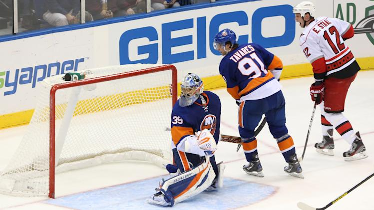 NHL: Carolina Hurricanes at New York Islanders